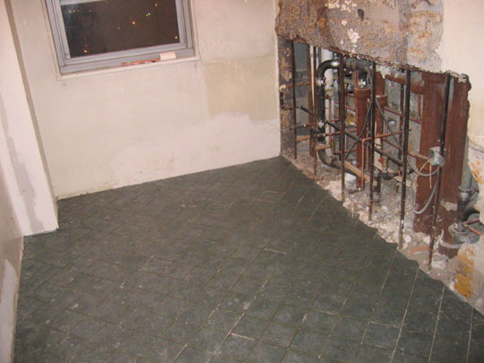 Tile floor in kitchen