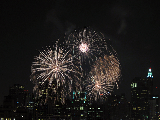 Fireworks for the 100th Birthday of the Manhattan Bridge
